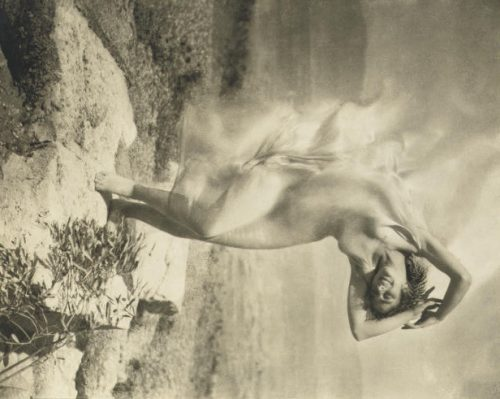 Edward Steichen: Wind Fire. Thérèse Duncan, the adopted daughter of Isadora Duncan, dancing at the Acropolis of Athens, 1921
