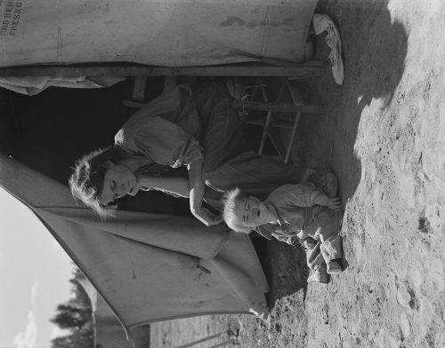 Dorothea Lange: Eighteen year-old mother from Oklahoma, now a California migrant