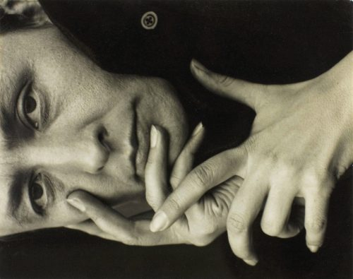 Alfred Stieglitz: Portrait photograph of Georgia O'Keeffe 1918