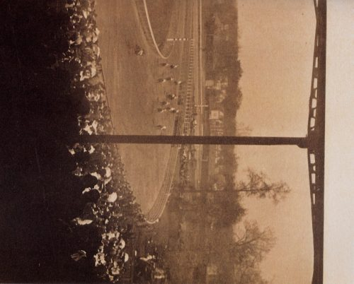 Alfred Stieglitz: Going to the Start, 1904